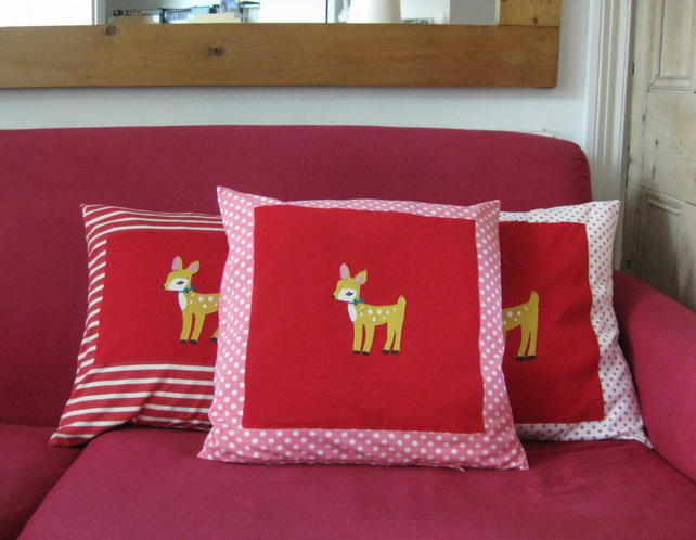 Childs Girls Cushion, Baby Deer Appliqué, Spotty Pink & White