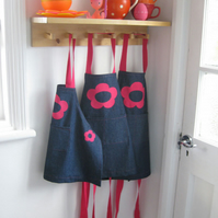 Girls Denim Apron Pink Hand Appliquéd Flowers Childs 3-4yrs, 1-2yrs