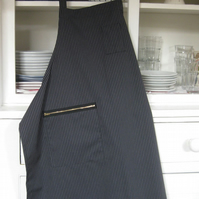 Mens Artisan Apron with Zip Pocket Smart Pinstripe. Barista Apron No3
