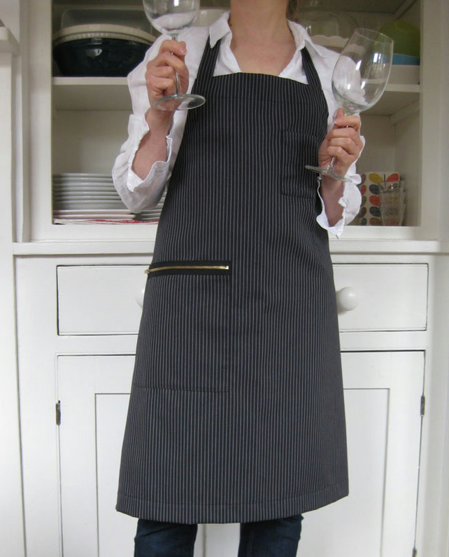 SAMPLE Womens Pinstripe Work Apron, Barista Style with Secure Zip Pocket. No3