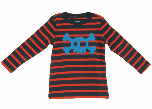 Childs Boys Pirate T-shirt, Hand Appliquéd Skull & Bones. 18-24mths