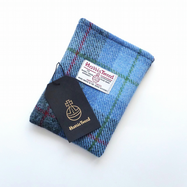 Harris Tweed Kindle Voyage sleeve in blue and grey tartan , handmade in Scotland