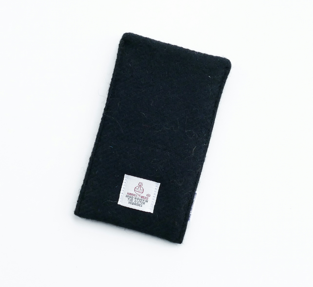 iPhone cover in black HARRIS TWEED