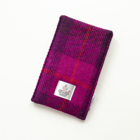 Phone cover in fuchsia pink HARRIS TWEED tartan