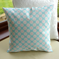 SALE: Daisy cushion, floral cushion, 16 x 16
