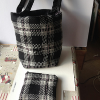 Tote black and white check bag and purse