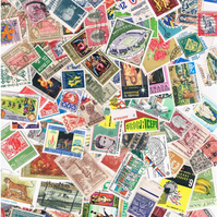 100 x VINTAGE POSTAGE STAMPS - world stamps for crafting, collage, upcycling etc