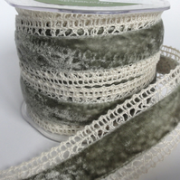 Velvet and Lace Ribbon