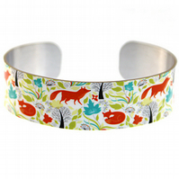 Fox jewellery bracelet, narrow metal cuff, with cute foxes. C06
