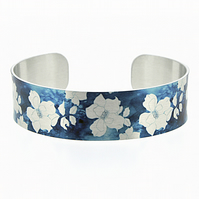 Blue cuff bracelet, brushed silver aluminium jewellery bangle with roses. B519
