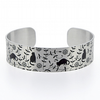 Cat jewellery cuff bracelet, silver bangle, black cats, kitten gifts. B426