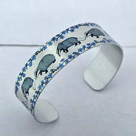 Badger jewellery, personalised cuff bracelet with badgers. B596