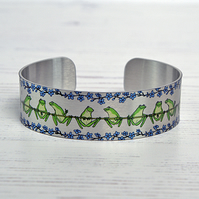 Cuff bracelet with frogs. Frog jewellery, Pond life gifts. B609