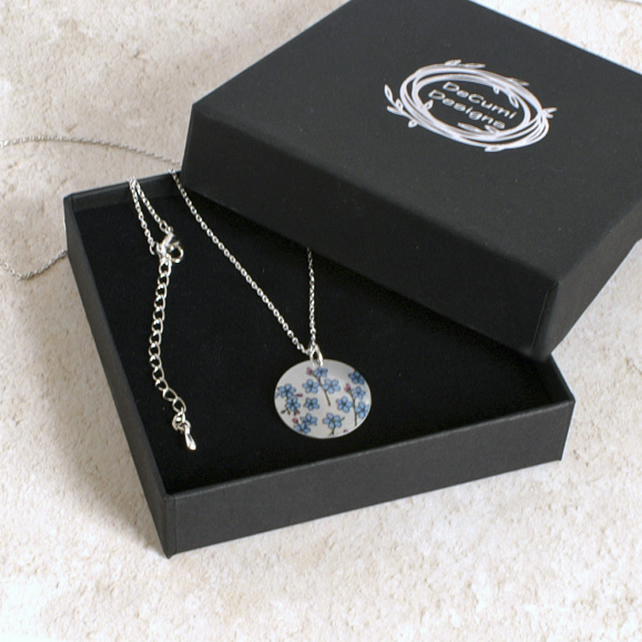 Forget Me Not necklace, 19mm floral pendant, handmade jewellery. P19-114