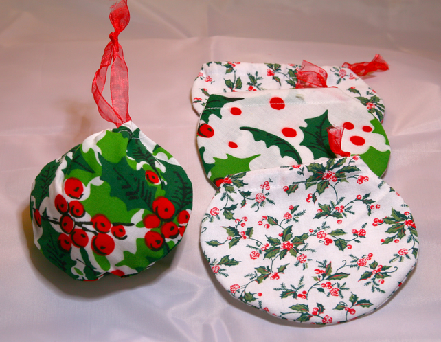 Christmas Bauble Bags, Gift Wrap (small)