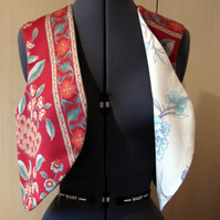 Ladies Reversible Sleeveless Jacket, red floral