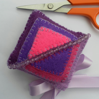 Scissor keeper, Purple and pink, beaded, felt pin cushion