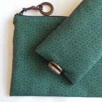 Green glasses case and handy zipped bag, gift set.