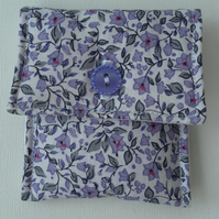 Small Coin Purse, lilac floral cotton, button and buttonhole