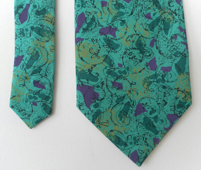 Men's tie, necktie, green with abstract pattern, Father's Day