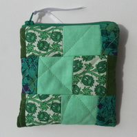Quilted Patchwork Coin Purse in Shades of Green