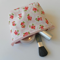 Small make up bag, pretty floral cotton fabric with red roses