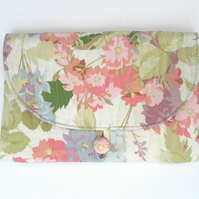 Clutch, handbag, ladies bag, wedding, christening, floral, quilted
