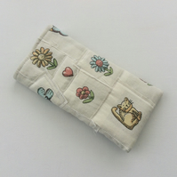 Glasses, sunglasses case, shabby chic, patchwork, quilted, flowers, cat motif