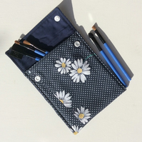 Make up bag, pouch, navy blue cotton, with white daisies and white dots.