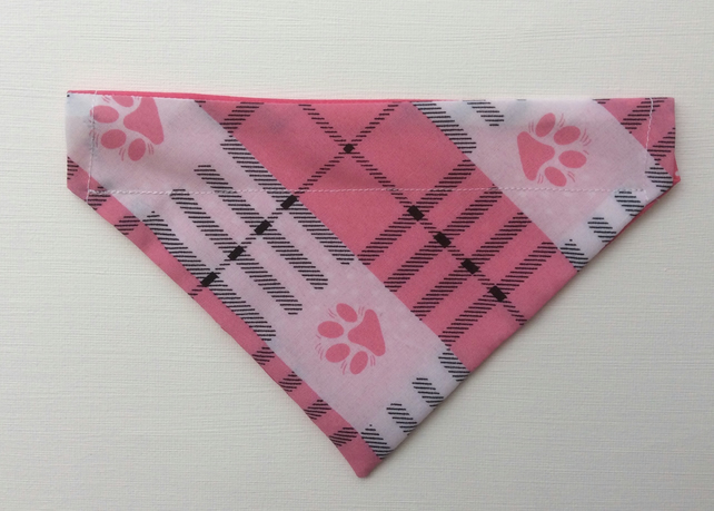Reversible, over the collar bandana for small dog, pink