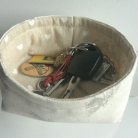 Key basket, bowl, fabric, multi purpose storage, bees on beige