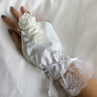 Bridal White  Satin and lace wrist cuff, fingerless glove, white roses