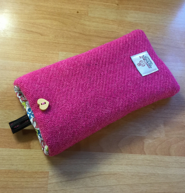 iPhone 6, iPhone 7, iPhone 8 pink Harris Tweed phone case