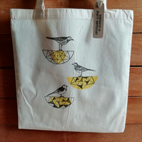 Handprinted Pied Wagtail Birdbath Tote Bag (Yellow)