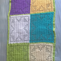 Colourblock blanket
