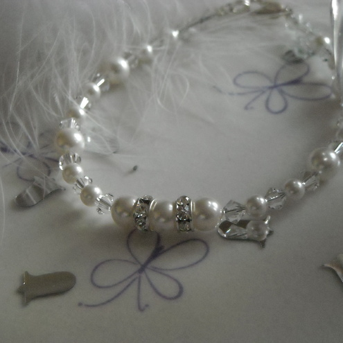 White Swarovski Pearl, Crystal and Rondelle Bracelet