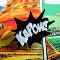 KAPOW! Comic Inspired Mini Pin-Badge - blue and white