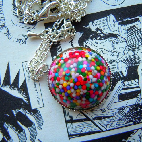 ToOtH RoT SpRiNkLe OrB NeCkLaCe