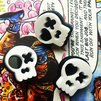 Kitsch Skull Mini Pin Badge in black and white SUGARY SKULDUGGERY
