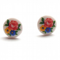 Pretty Floral Studs