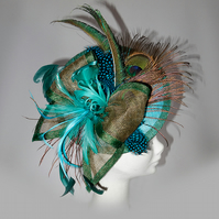 """Allium"".....Sinamay Fascinator"