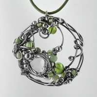 Entwined Round Pendant (Green SSPGR 003)