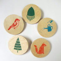 A selection of 5 hand screen printed wooden brooches