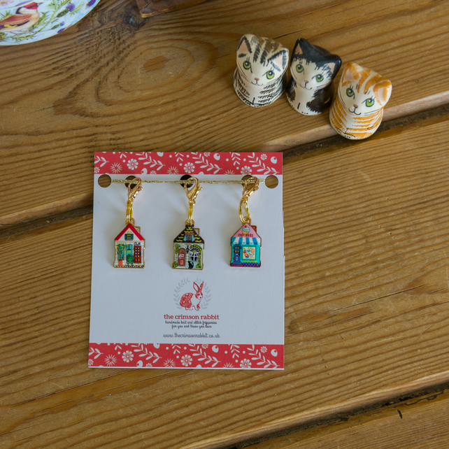 Set of 3 stitch markers or progress keepers in a cottage design