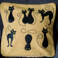 "Handmade, appliqued cushion cover ""Black Cats"""
