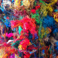Recycled sari silk waste. 100g, Multicoloured silk fibres for spinning, felting.