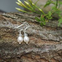 Freshwater pearl and aquamarine earrings