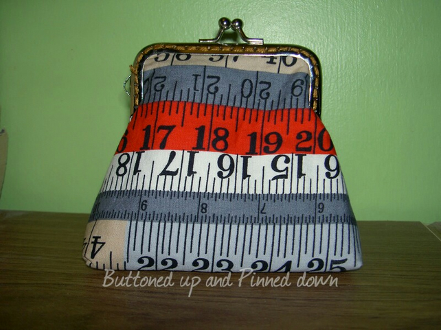 Coin purse in Ruler fabric