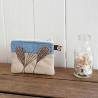 Little Grasses Purse