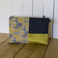 Large Laverstoke Toiletries Bag